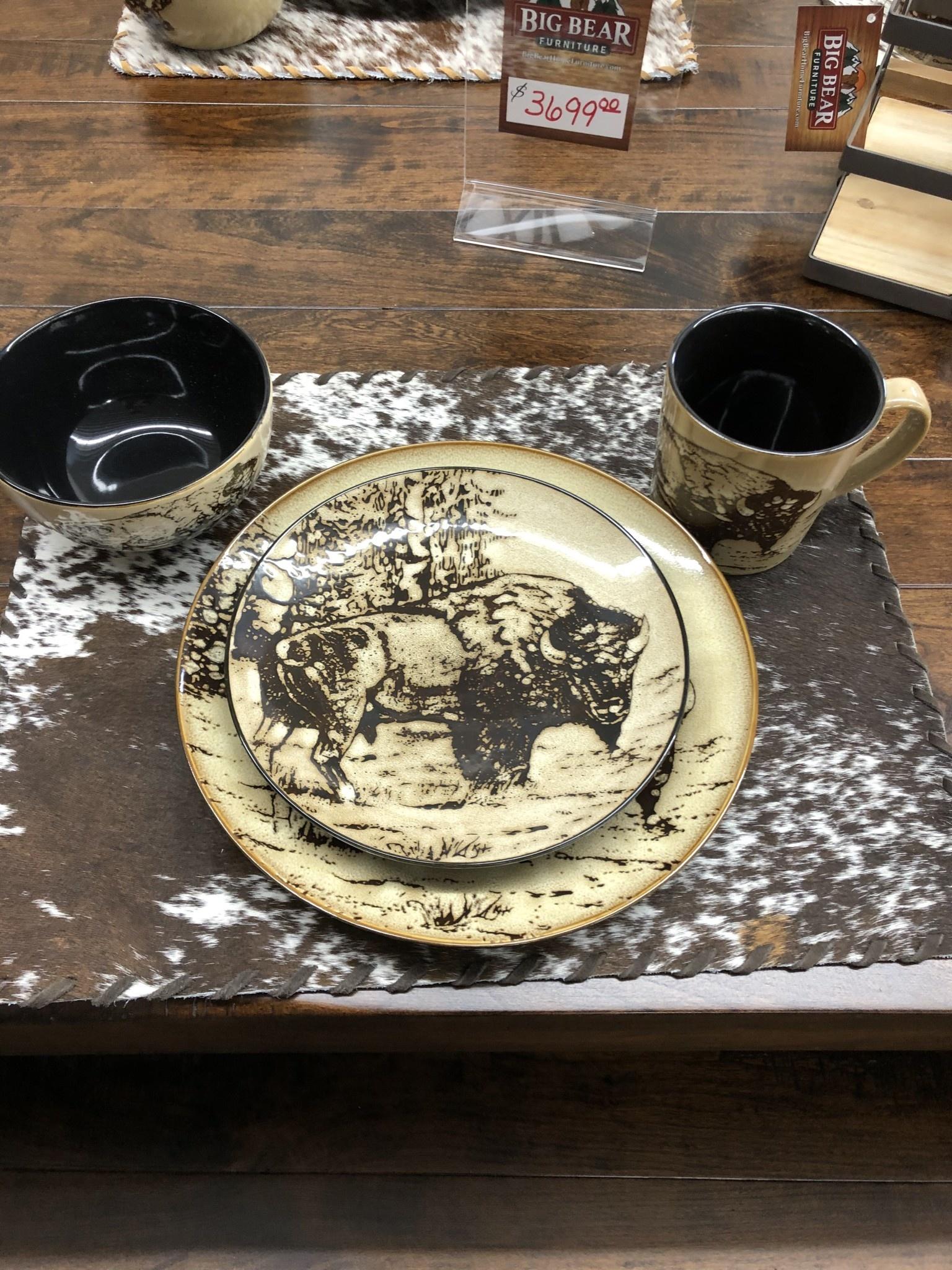 "Unison Gifts Bison 10.5"" Dinner Plate"