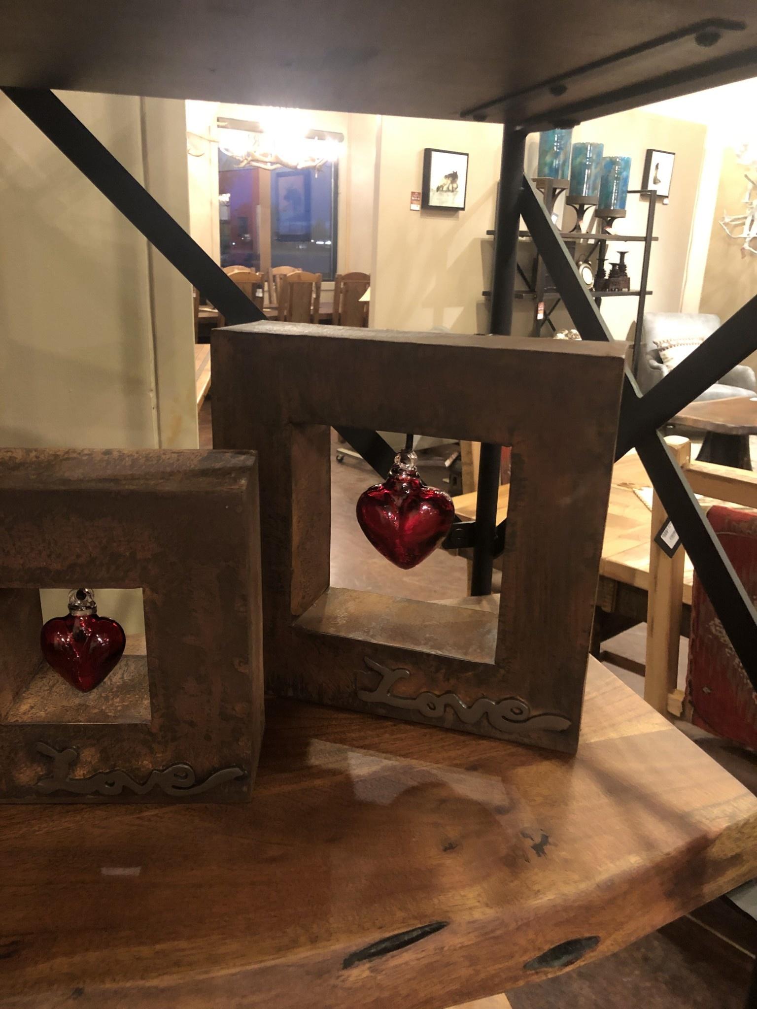 Artisans Love Shadow Box MD W/Red Heart