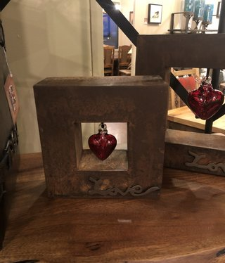 Artisans Love Shadow Box Sm W/Baby Red Heart 9x9x3