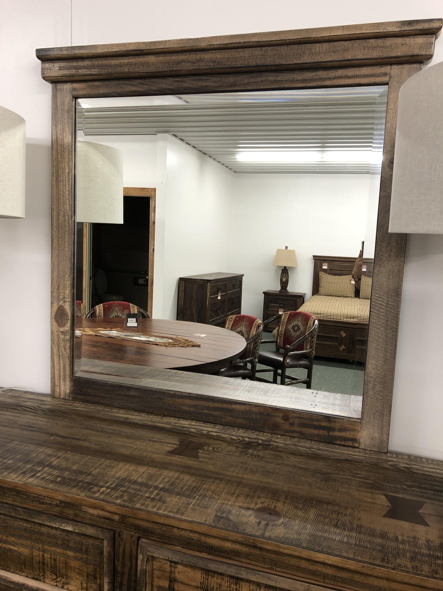 IFD 1141- Mirror, Montana  41x2x39.25
