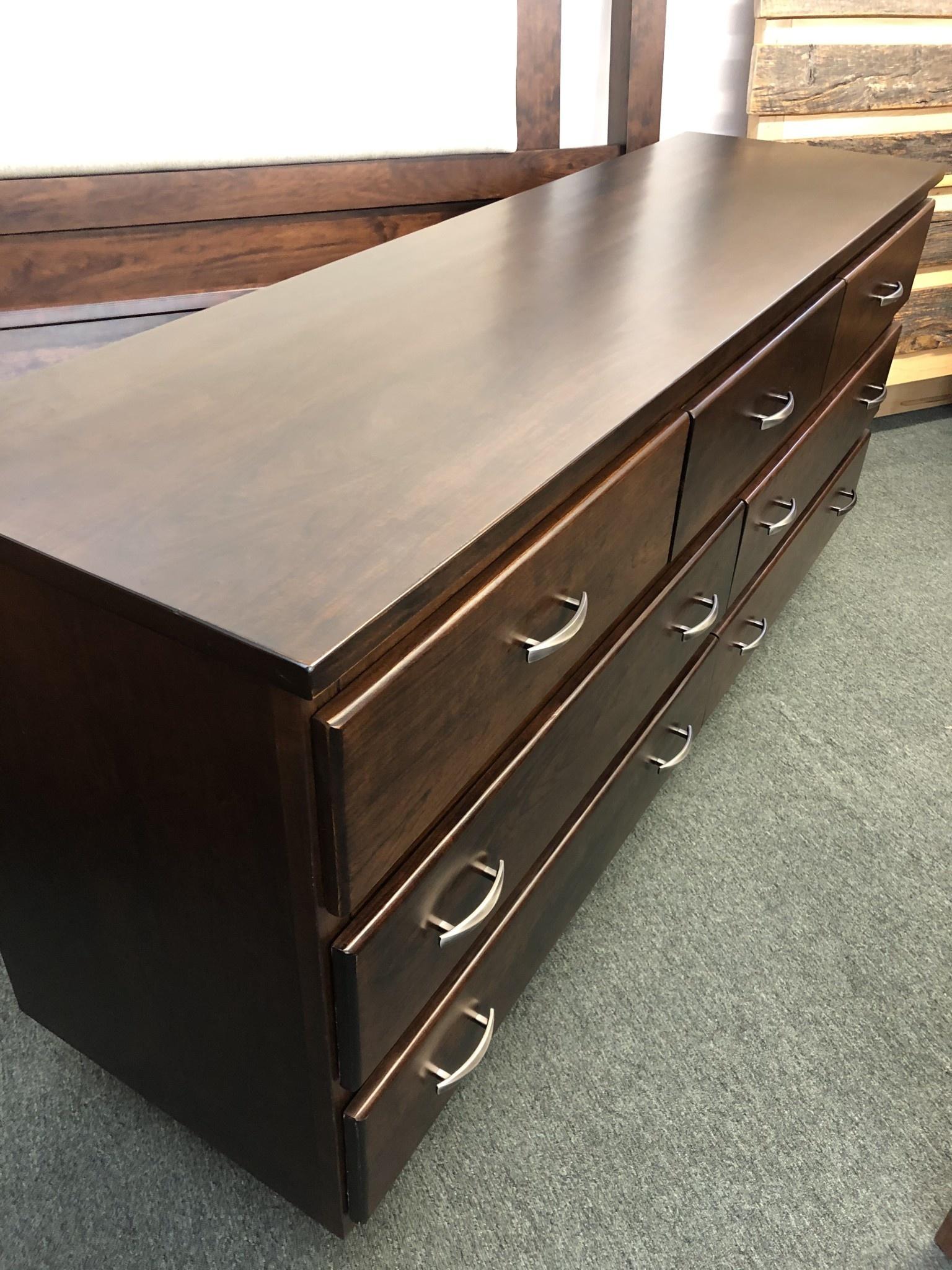 Green Gables Cherry Avenue 7 Drawer Dresser 34H x 72W x 20D