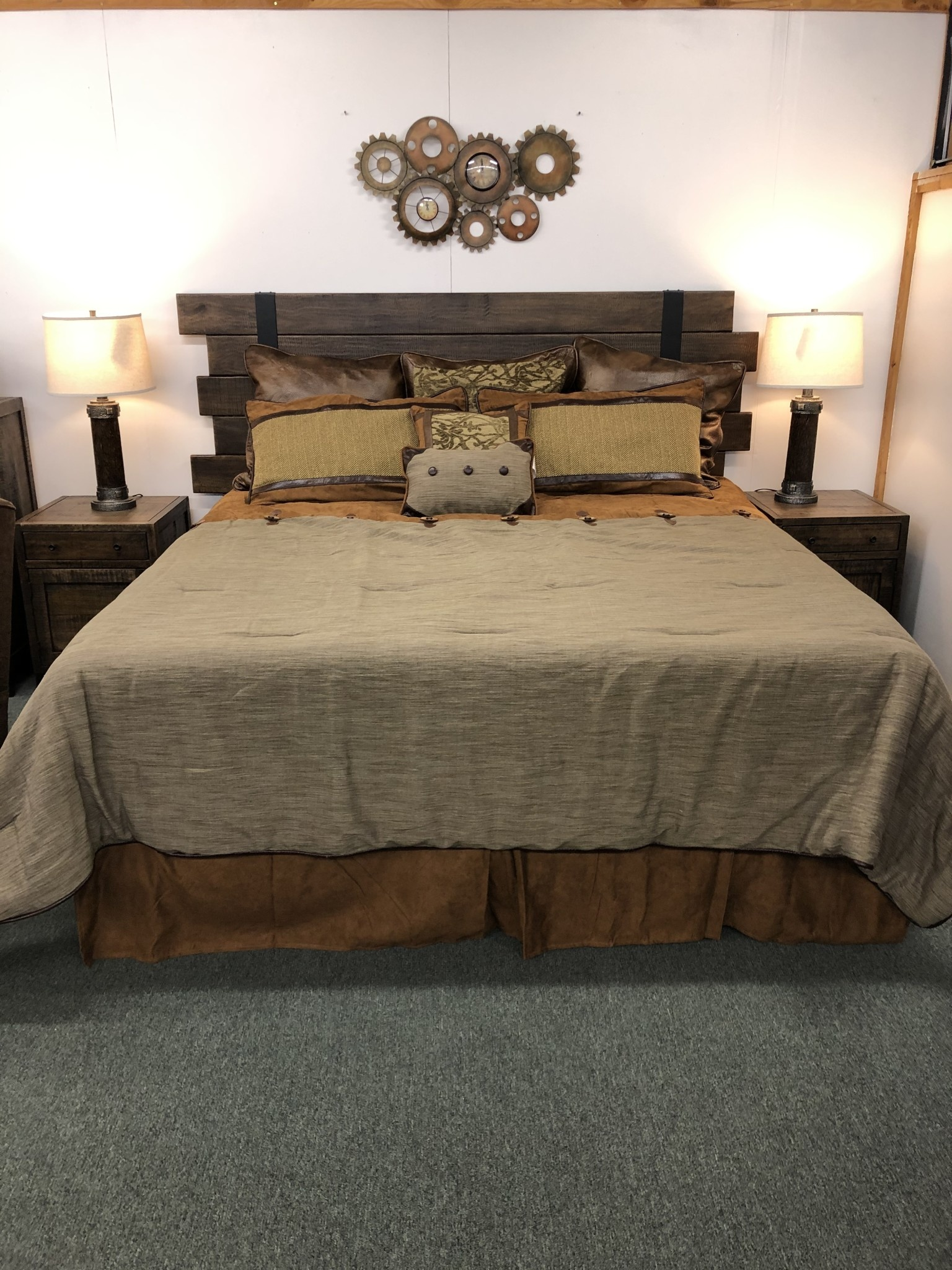IFD 5201- King Bed