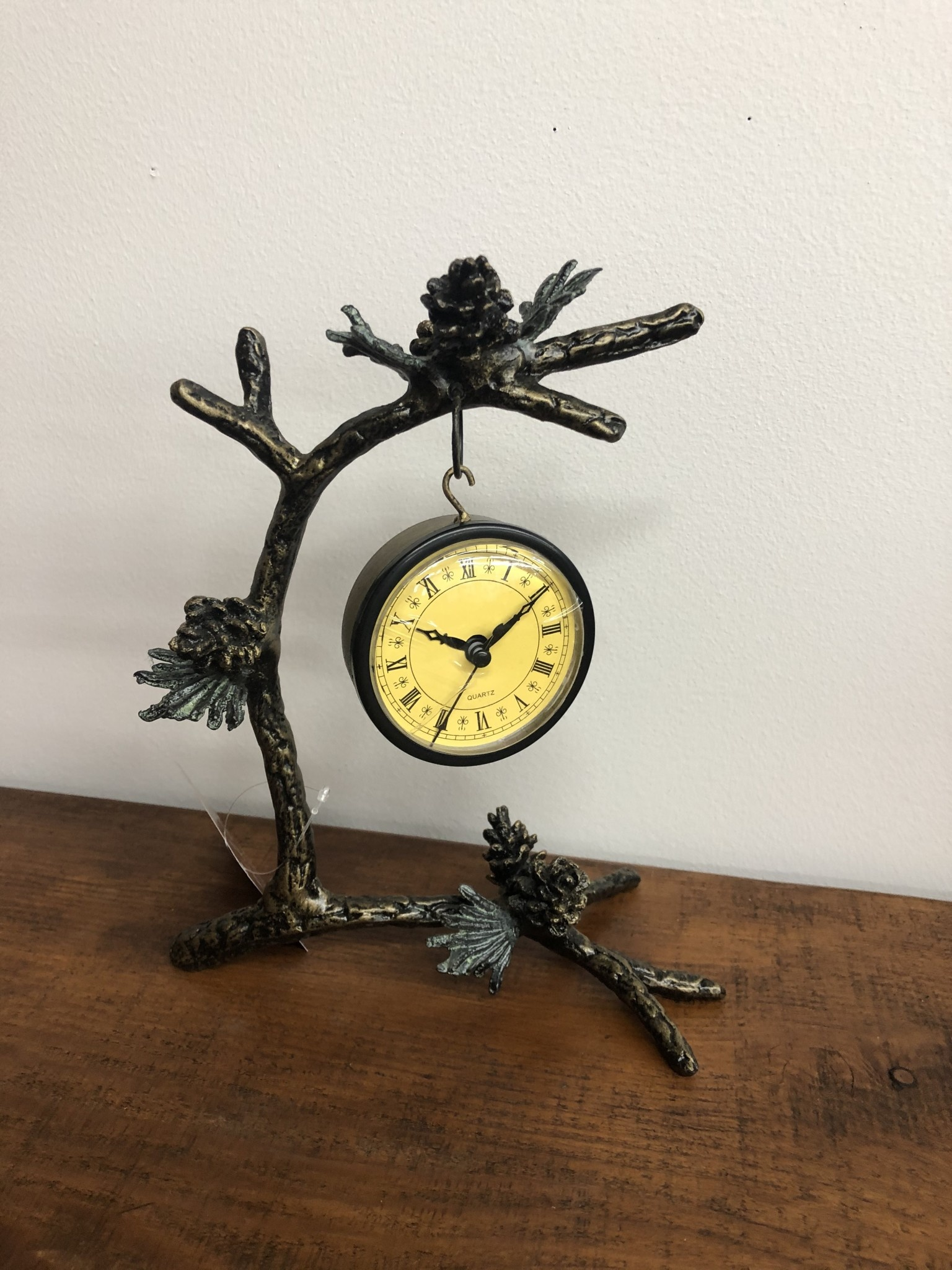SPI Pinecone & Branch Clock