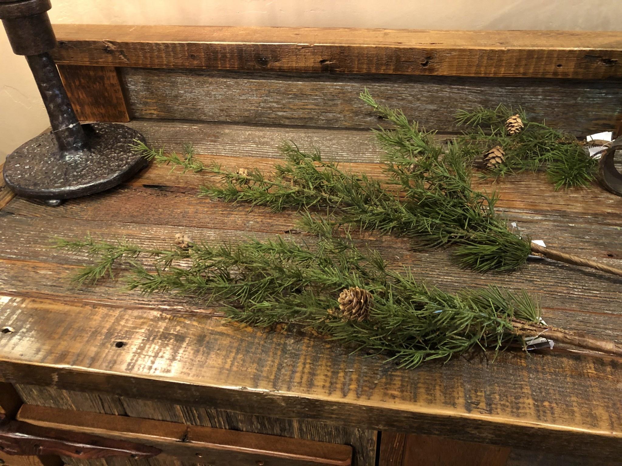 Sullivans Pine Spray  8x8x37  (SP1103)