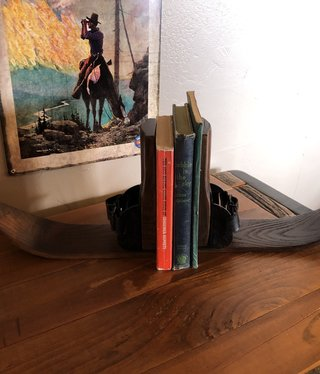 All Resort Furnishings Ski Bookends