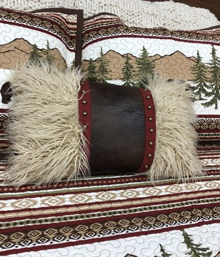 Hiend Ruidoso Fur Pillow w/leather & studs12x19,