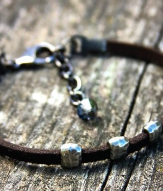 cool water jewelry BC49 Bracelet: Leather w/Hammered Pewter Rings