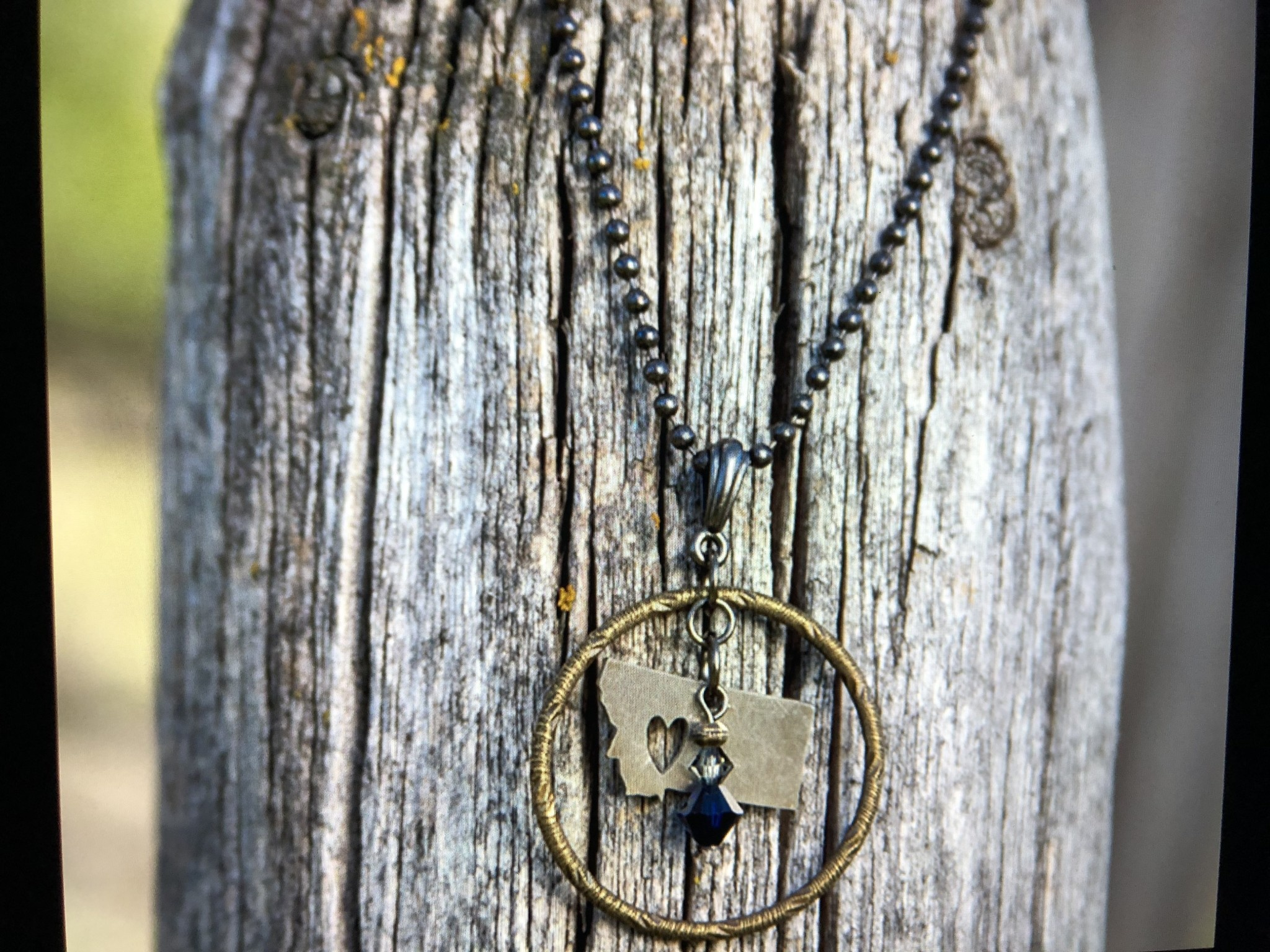 cool water jewelry NC311-123 Necklace: Textured Ring & Montana Charm