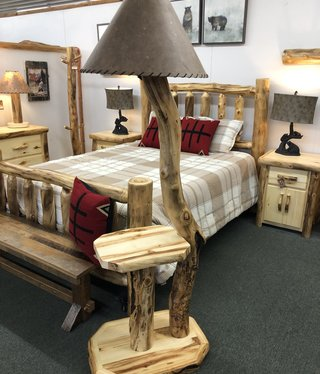 Rustic log Aspen Floor Lamp w/Shelf