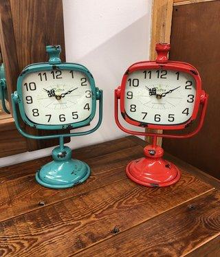 Uma Metal Clock  (34895)