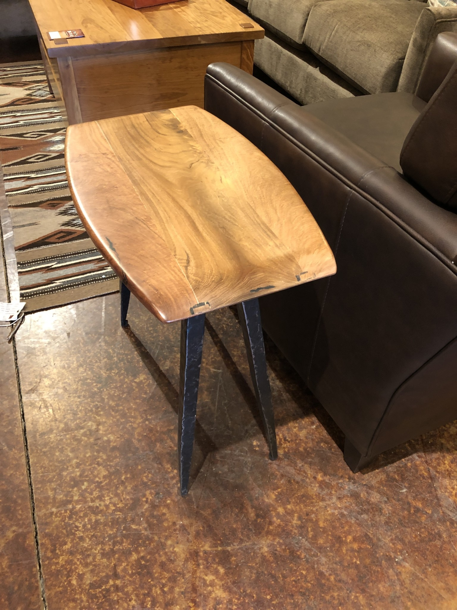 Green Gables Steel Traditions Camden End Table