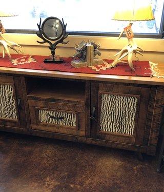 Green Gables Mossy Oak Carver Point TV Stand- White Bark