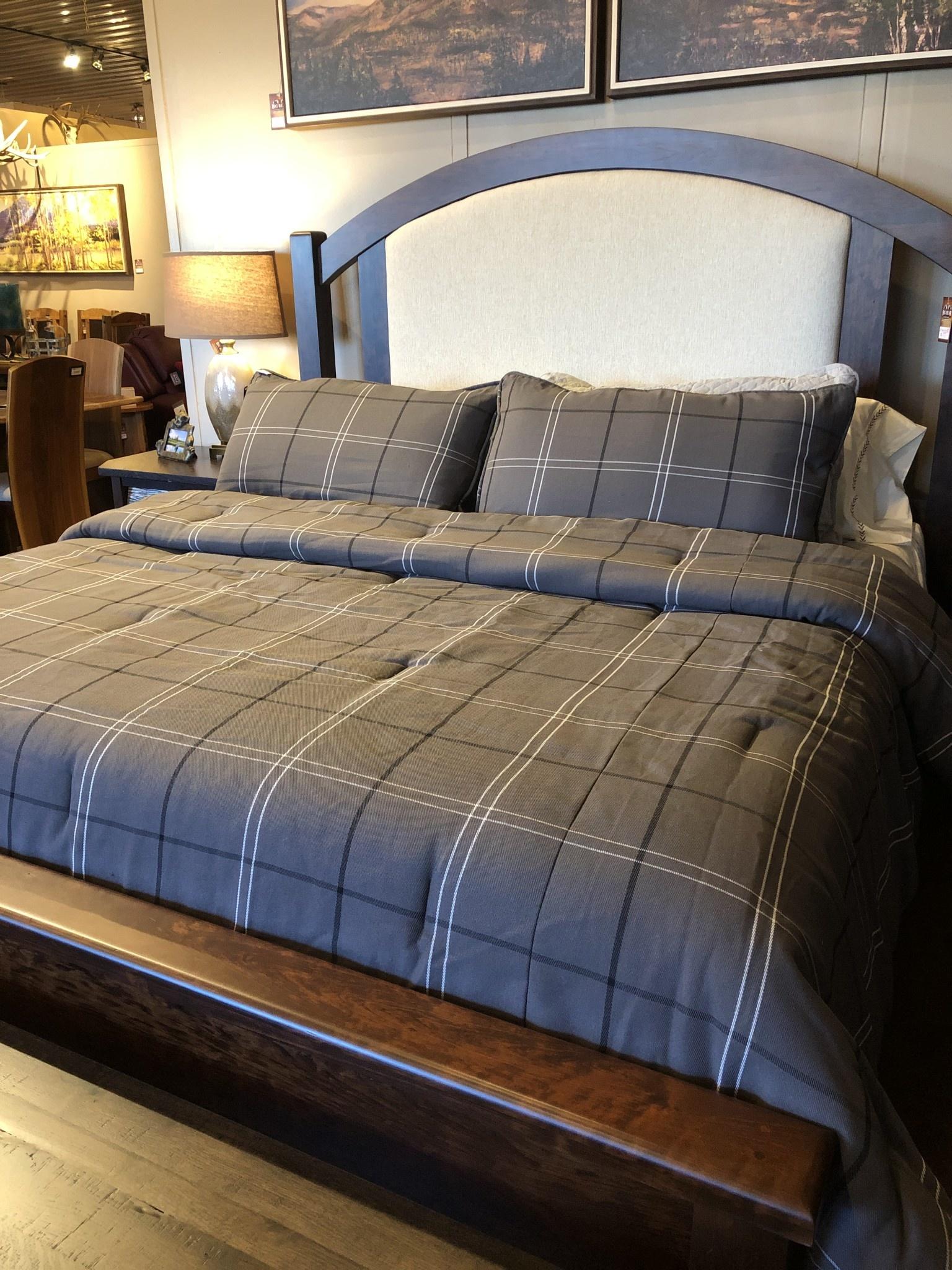 Hiend Heath  3 pc Comforter Set - King