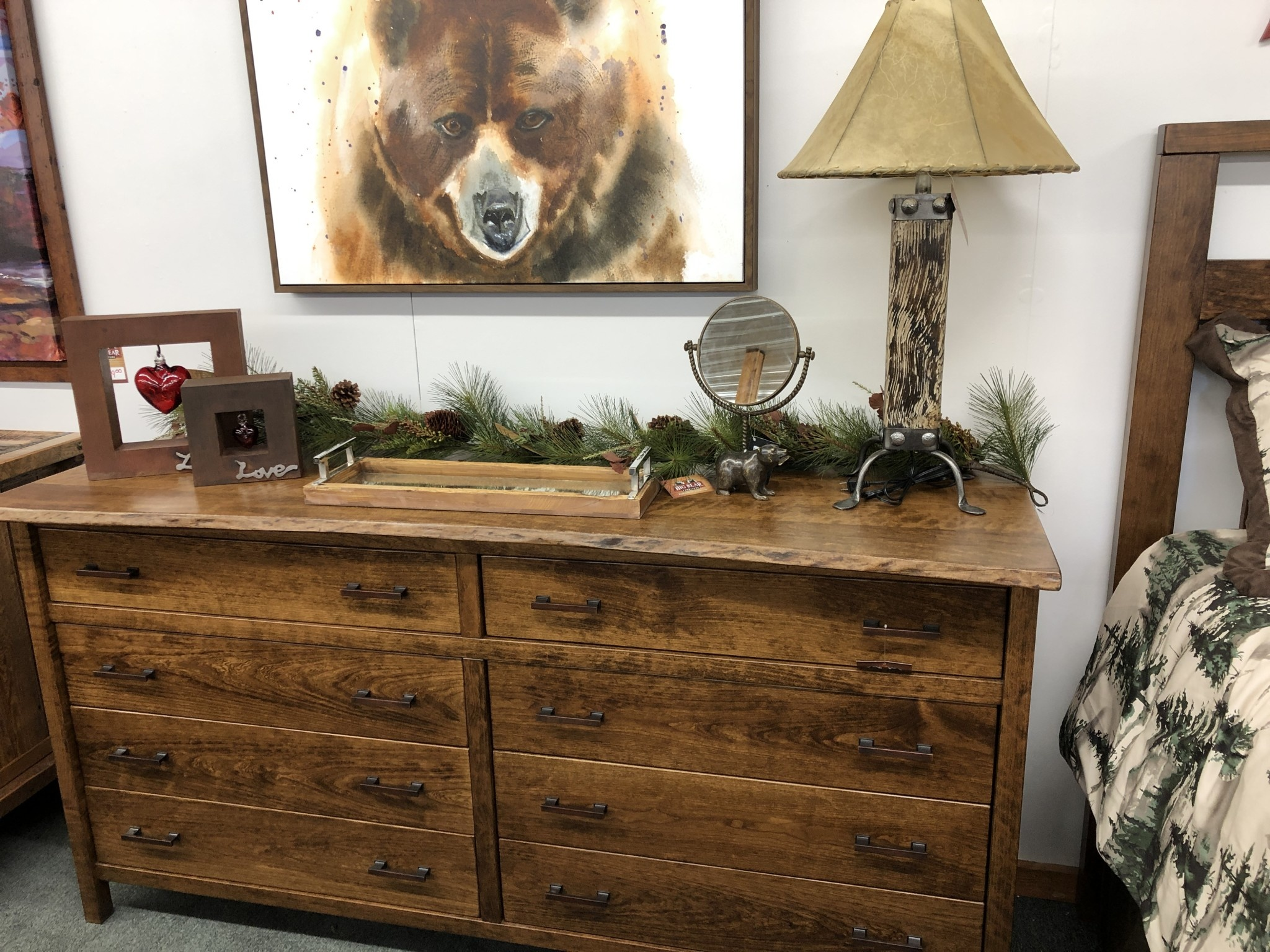 Green Gables Laurel Summit 8 Drawer Dresser - Provincial