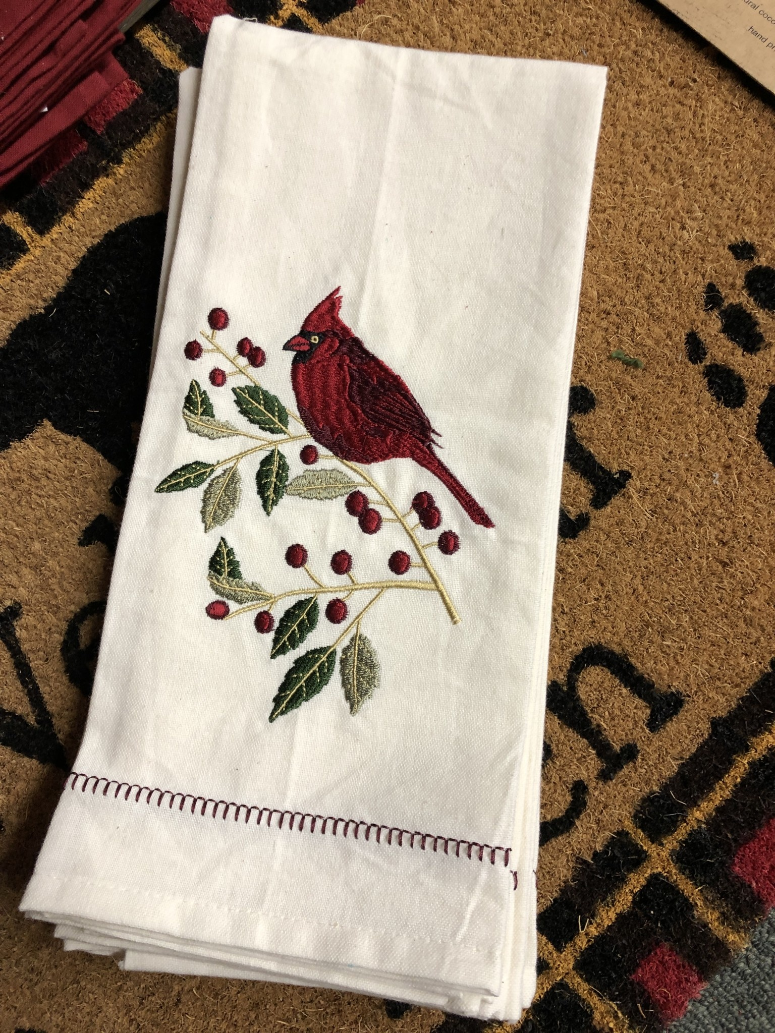Park Design Holly Cardinal Towel