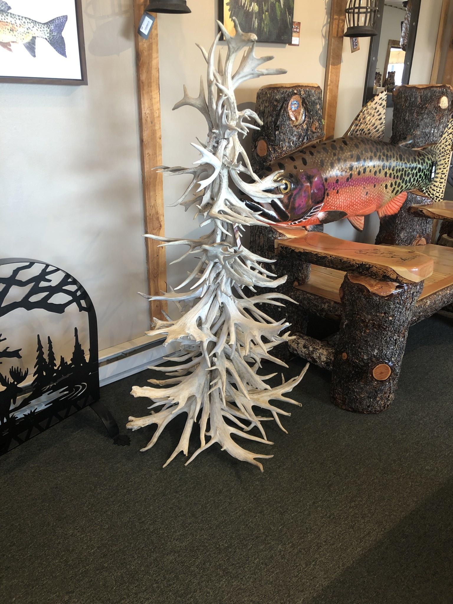 Fish 5' White Antler Tree