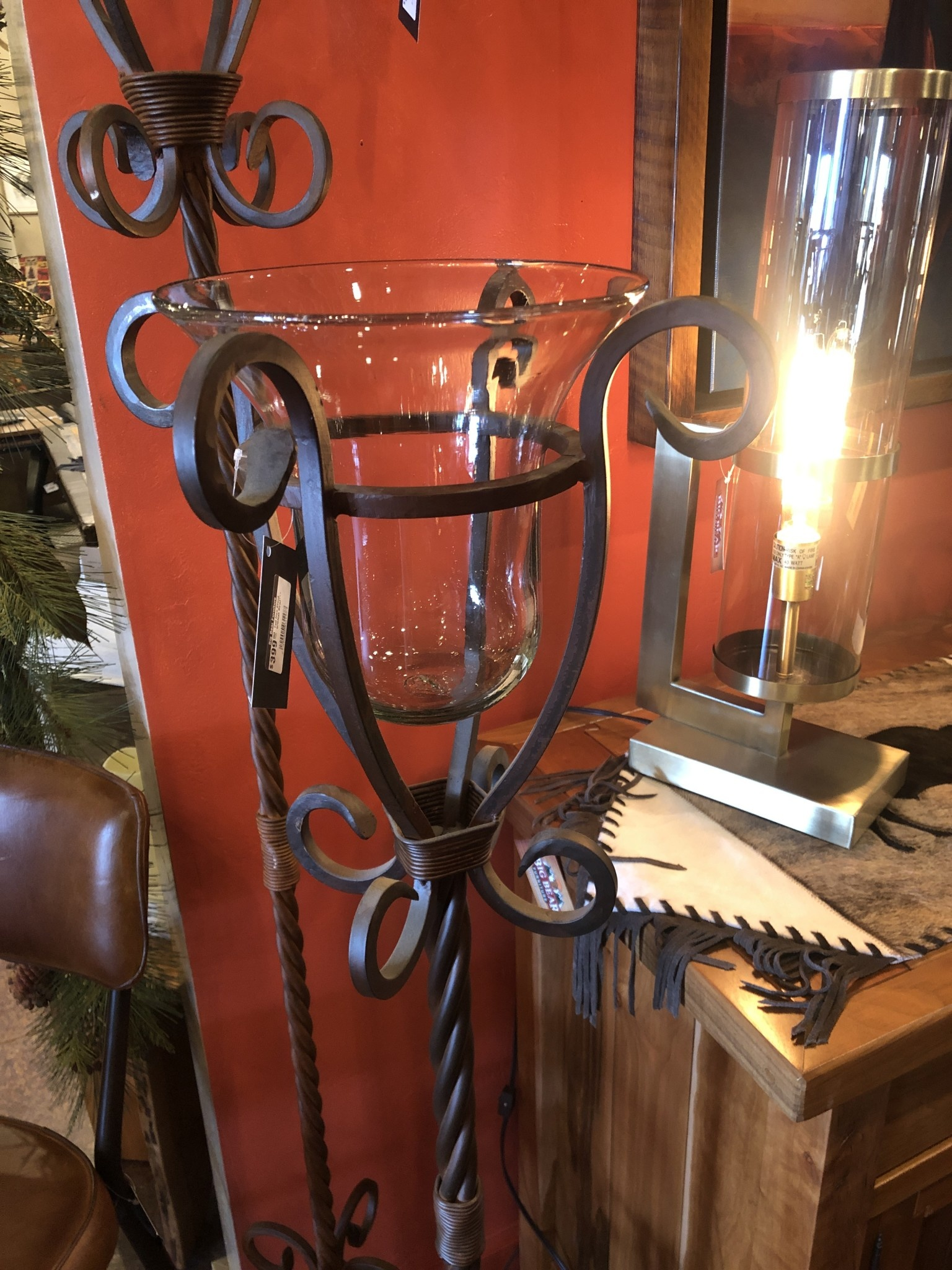 Artisans Tall Iron Stand w/Glass Bowl***