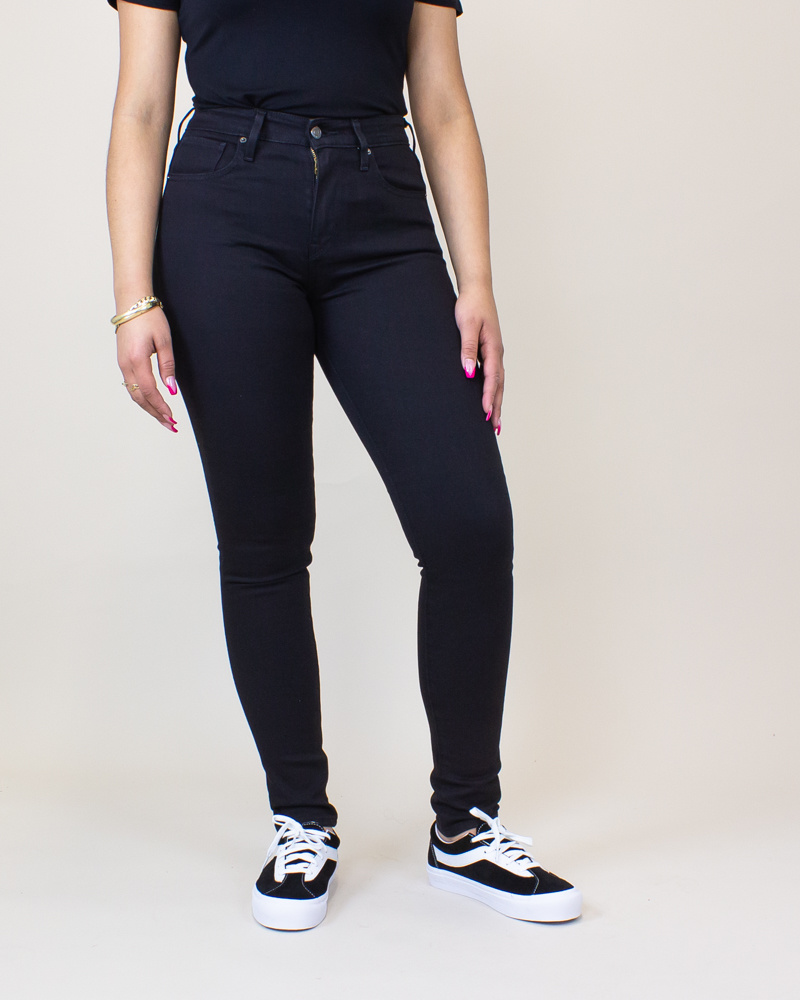 Levi's 721 High Rise Skinny Jeans - Soft Black-2