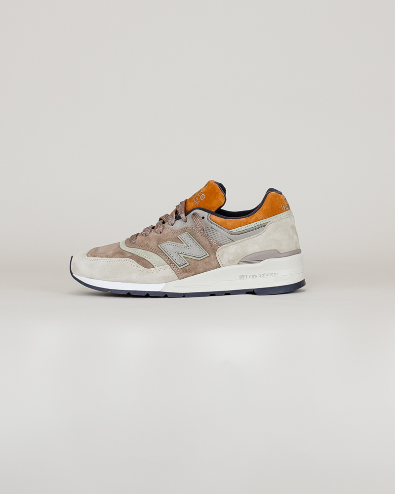 New Balance 997 NAJ - Tan/ Brown-1