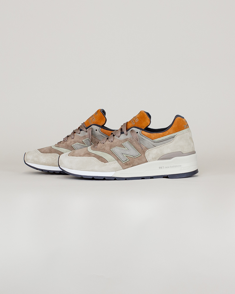 New Balance 997 NAJ - Tan/ Brown-2