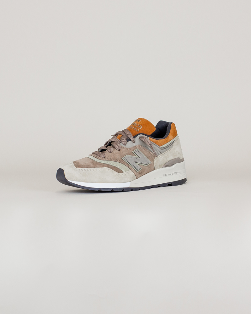 New Balance 997 NAJ - Tan/ Brown-3