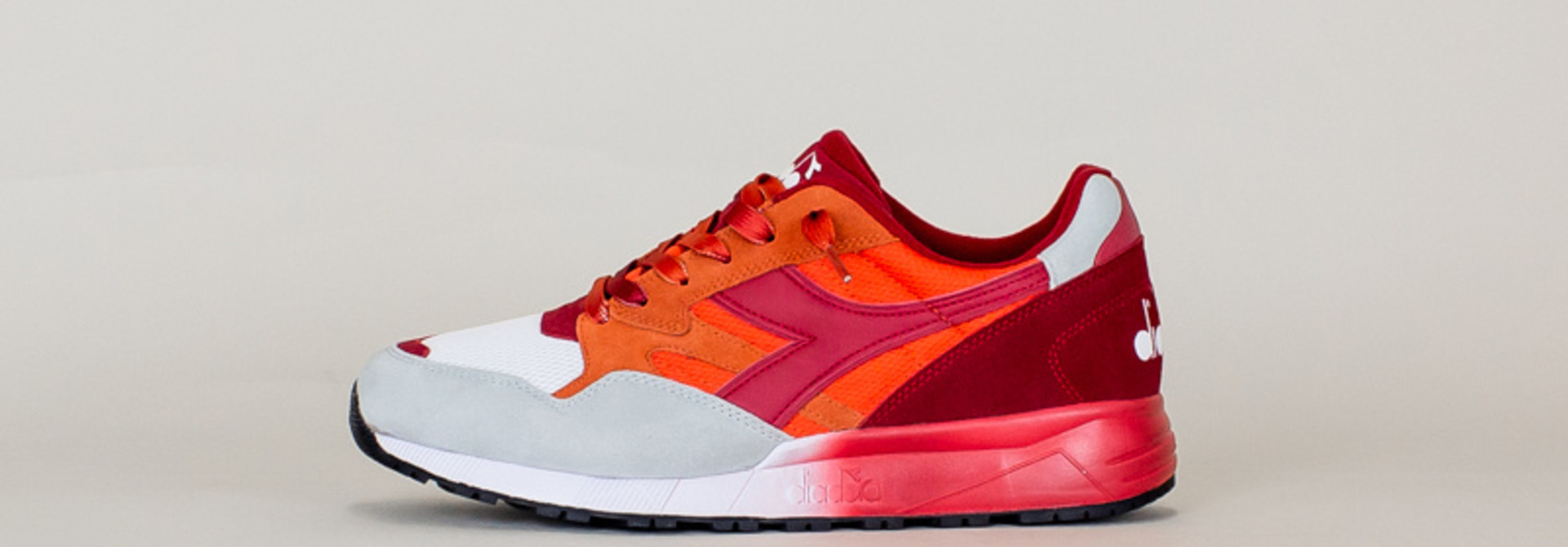 Diadora N902 Speckled - Carrot/Red
