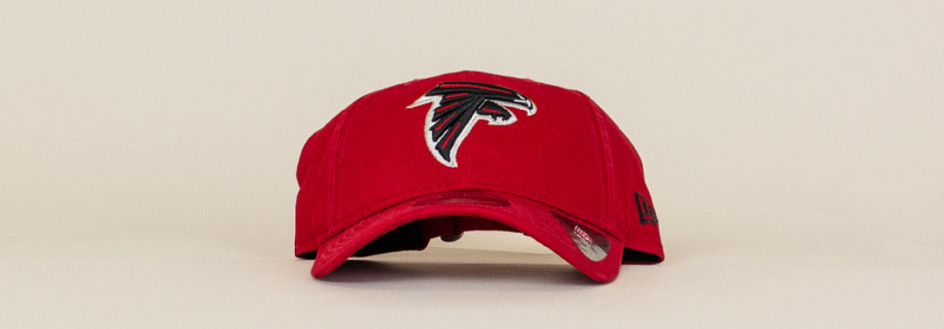 New Era Atlanta Falcons Core Classic Strapback Cap - Red