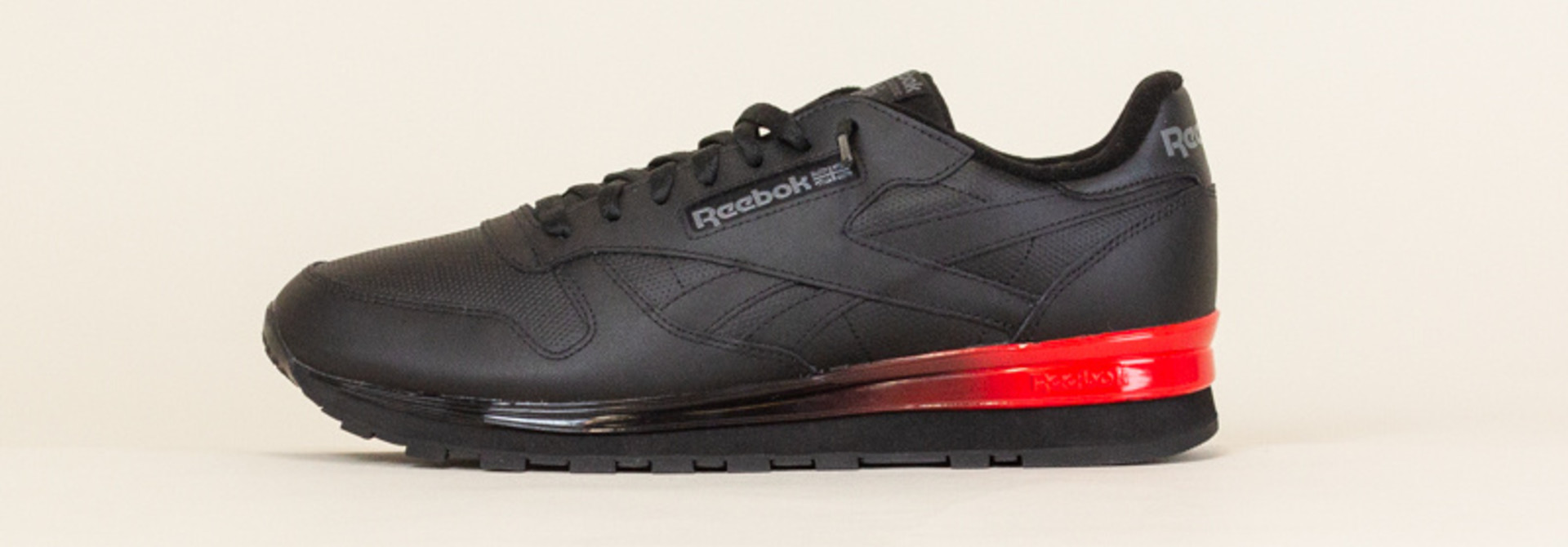 Reebok Classic Leather - Black/Red