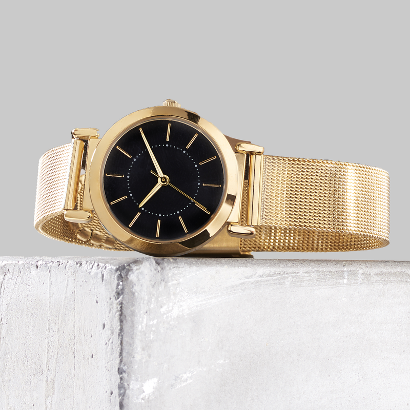 Bee Boutique Elegant Mesh Band Watch - Gold
