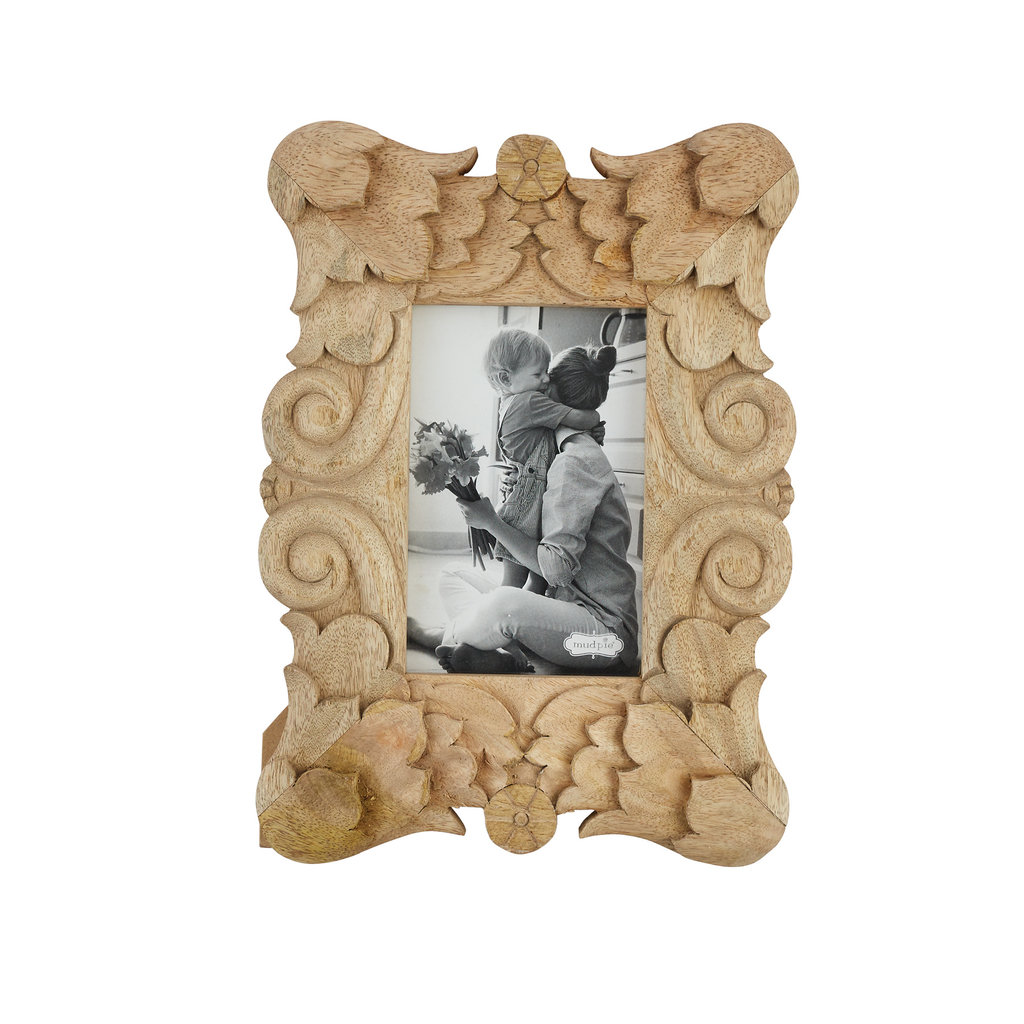Southbank's Carved Wood Frame