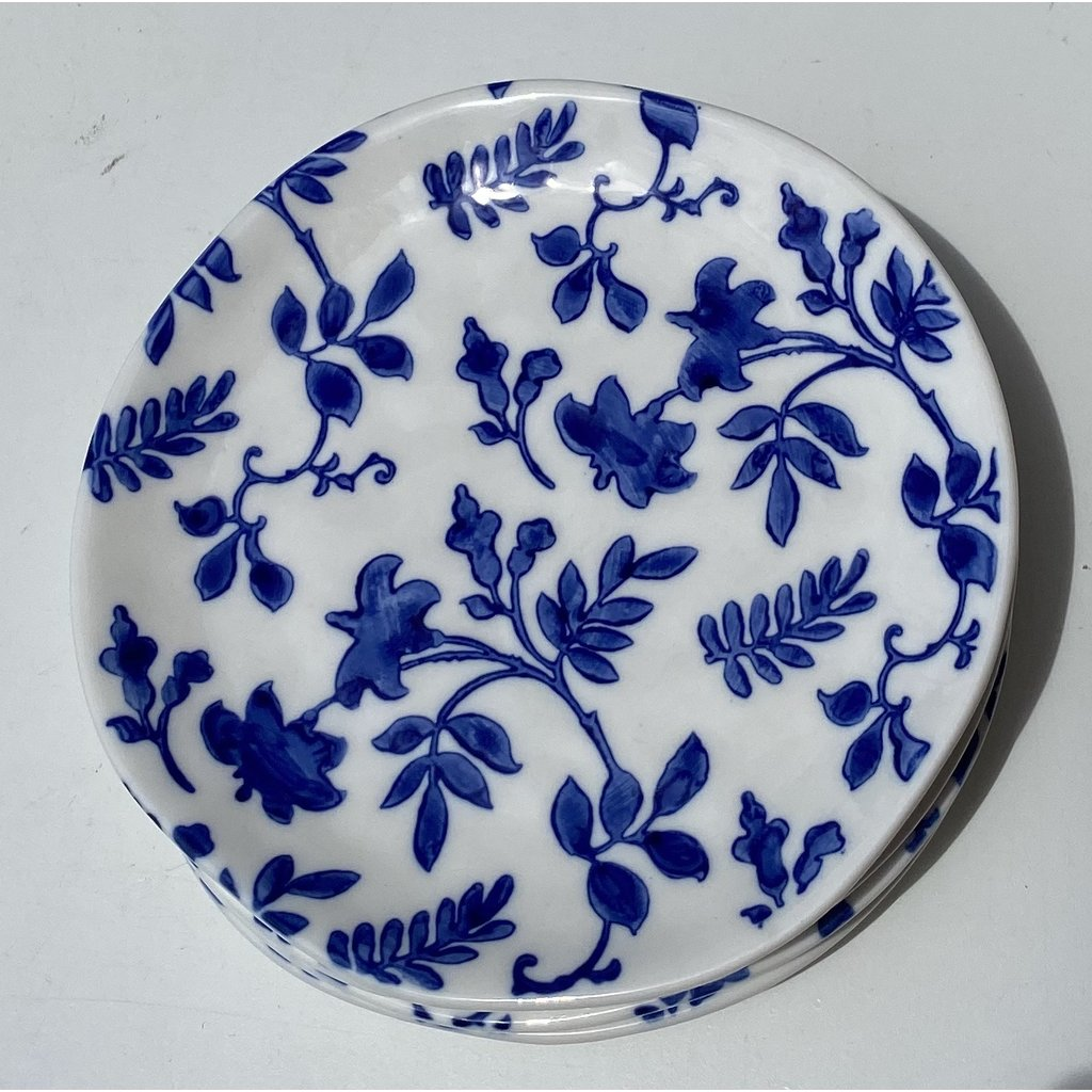 Southbank's Blue & White Vine Plate