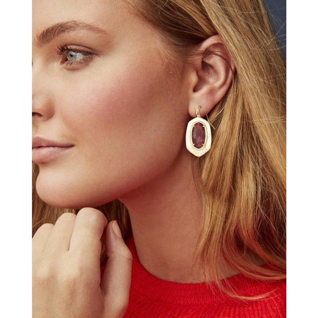 Kendra Scott Anna Gold Drop Earrings In Bronze Veined Maroon Jade