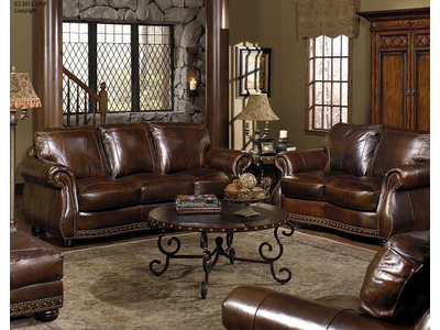 USA LEATHER Cowboy Chesterfield Leather Loveseat