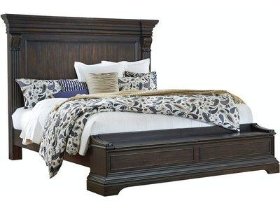 Pulaski Caldwell Queen Bed Set with Storage