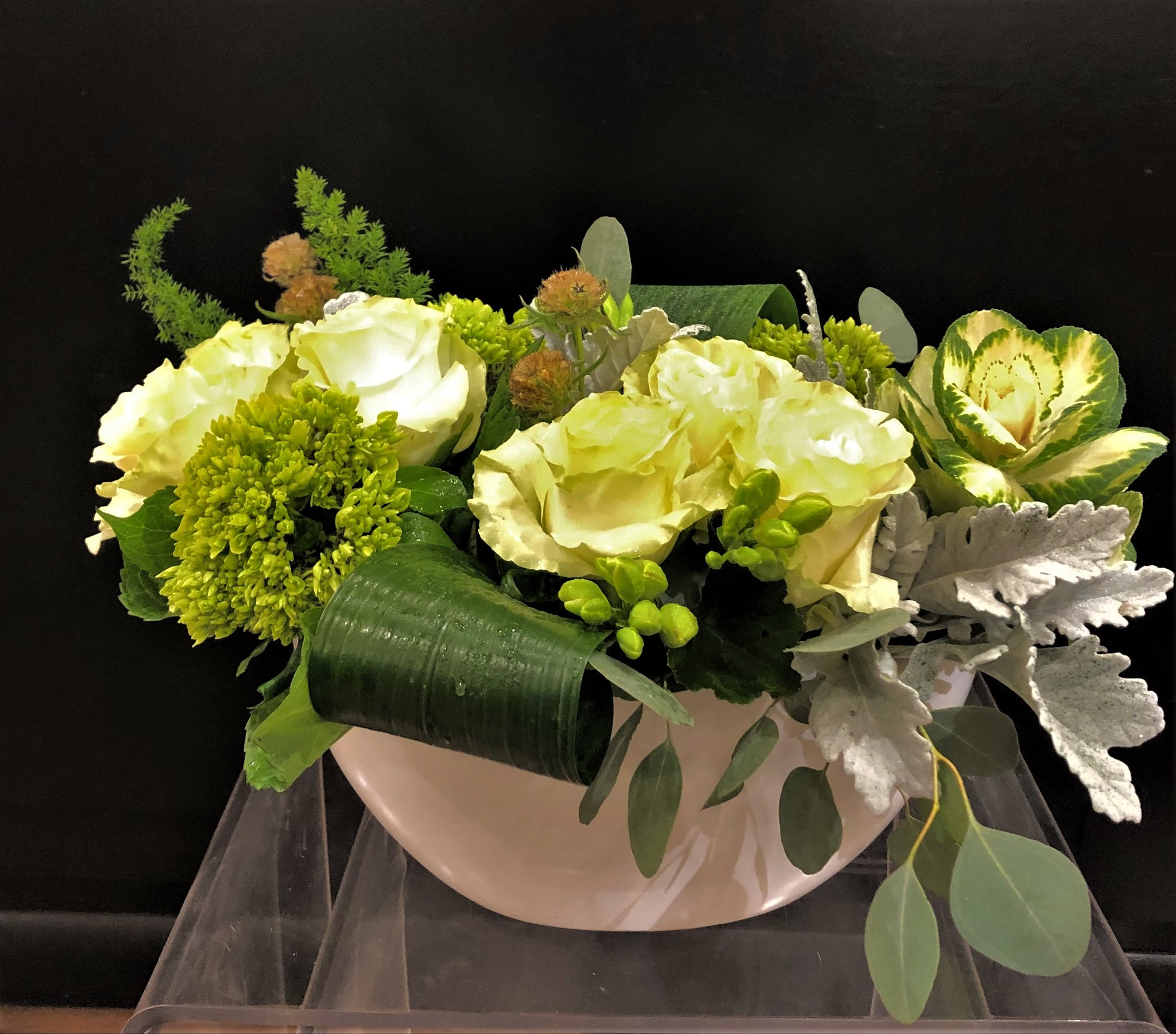 When & How to Send Sympathy Flowers