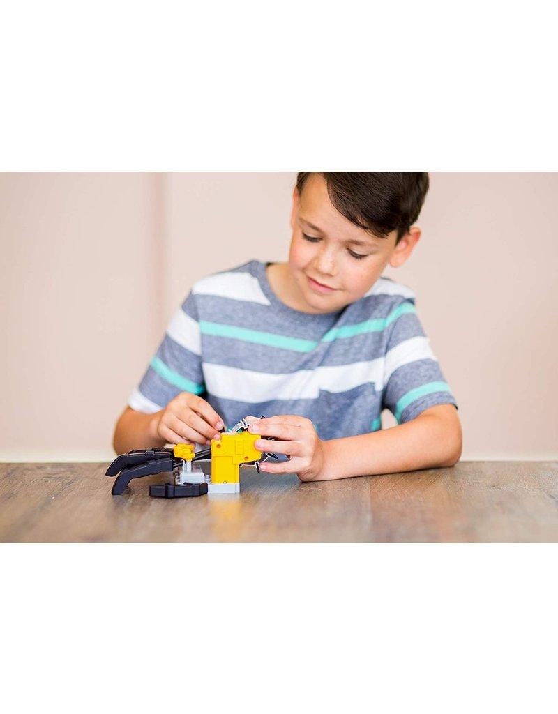 Toysmith Motorised Robot Hand