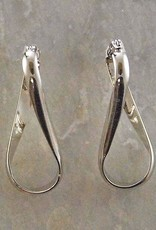 Twisted Figure 8  Hoop Earring