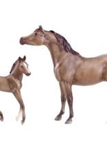 Breyer Grey Arabian Horse & Foal