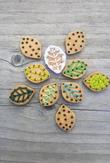Katrinkles Buttons & Tools Leaf Stitchable Buttons - Card of 4 - 3/4 x 1/2""