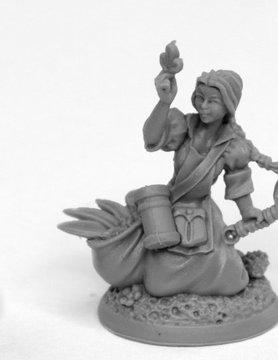 Reaper Miniatures BONES BLACK: JULIANA HERBALIST