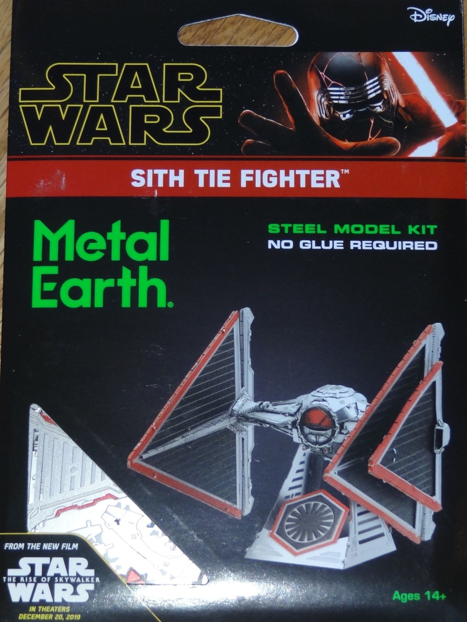 FASCINATIONS TOYS 3D METAL SW SITH TIE FIGHTER