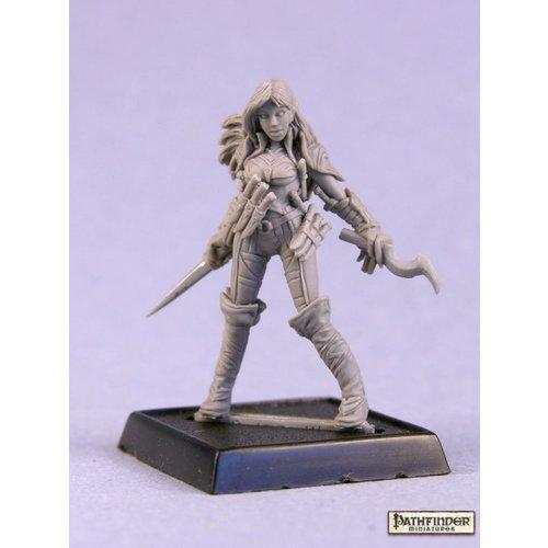 Reaper Miniatures PATHFINDER: CLERIC OF CALISTRIA
