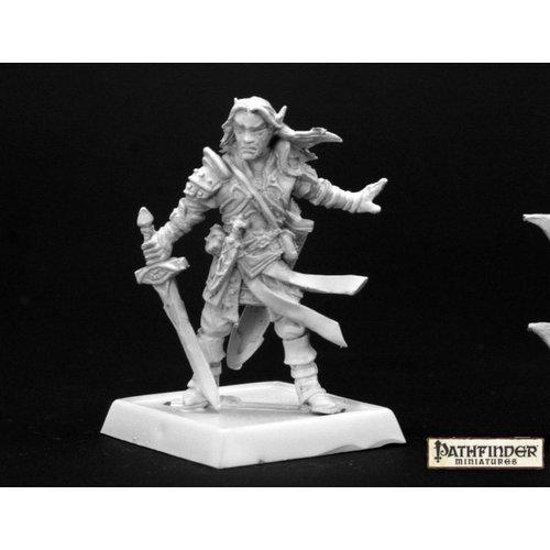 Reaper Miniatures PATHFINDER: ARAEL, HALF-ELF CLERIC