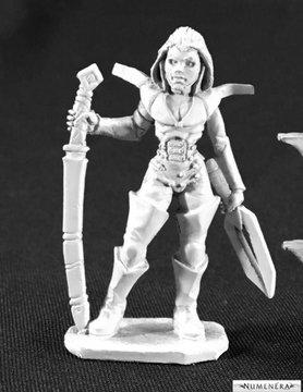 Reaper Miniatures NUMENERA: FEMALE GLAIVE WITH KATANA