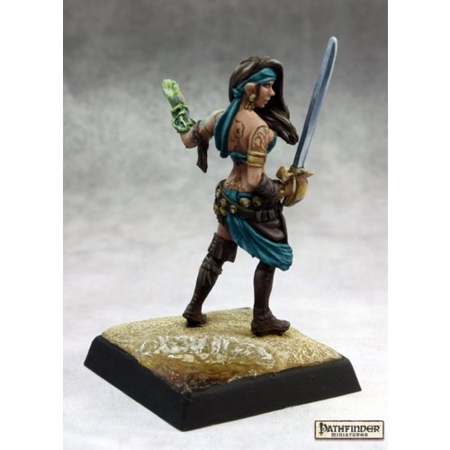 Reaper Miniatures ISABELLA LOCKE