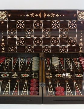 "Worldwise Imports BACKGAMMON 15"" FLOWERED DECOUPAGE WALNUT"