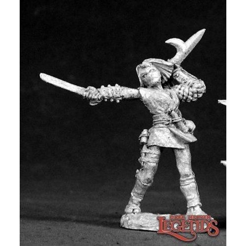 Reaper Miniatures DARK HEAVEN LEGENDS: KIRI, FEMALE NINJA (ATTACKING)