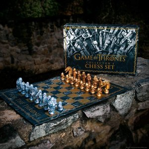 USAopoly CHESS SET GAME OF THRONES COLLECTOR'S