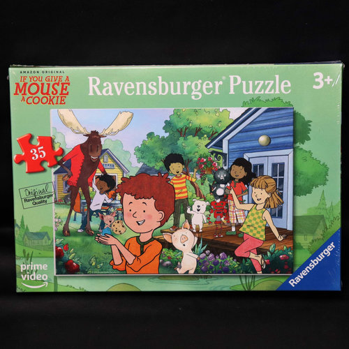 Ravensburger RV35 MOUSE'S BACKYARD (If You Give a Mouse a Cookie)