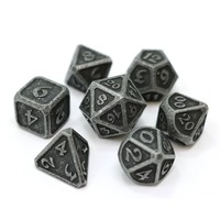 MYTHICA DICE SET 7 DARK IRON